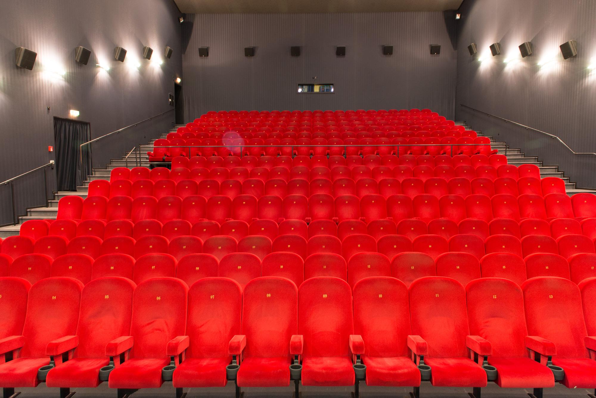 Kino 3 mit 309 Plätzen, 100 qm großer Leinwand und Soundqualität nach THX-Norm